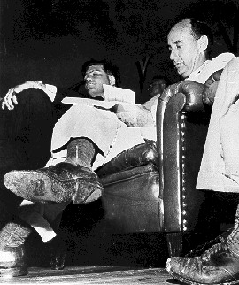 Man with a hole in his shoe - Adlai Stevenson 1952